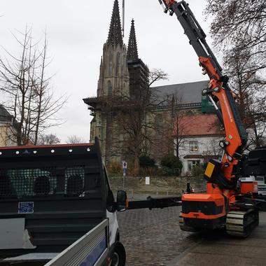 Unser Jekko vor der altehrwürdigen Wiesenkirche in Soest