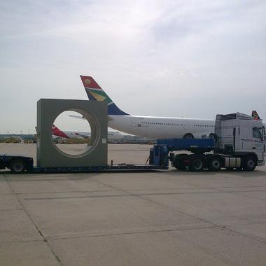 Anlieferung am Flughafen Frankfurt