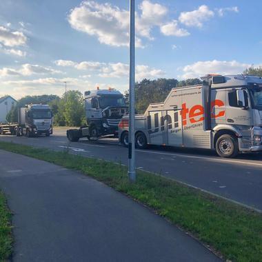 Abschleppen unseres eigenen LKW nach Kupplungsschaden