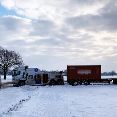 Bergung eines LKW
